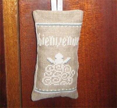 http://poudre.de.perlimpinpin.cowblog.fr/images/Creations/bienvenue.jpg